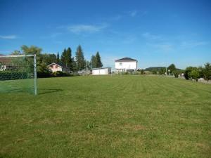 place-jeu-terrain-foute-saulcy-suisse-montagne