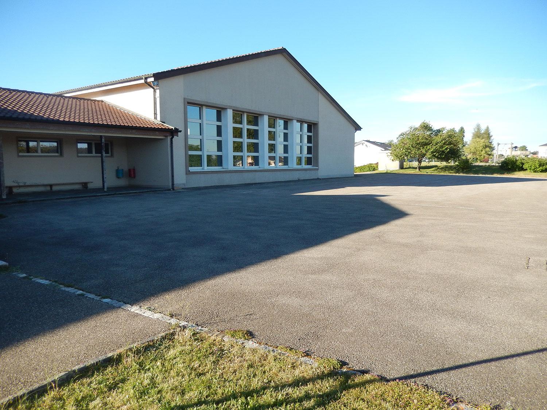 salle-gymnastique-saulcy-jura-suisse-1
