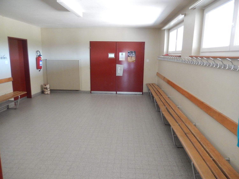 salle-gymnastique-saulcy-jura-suisse-11