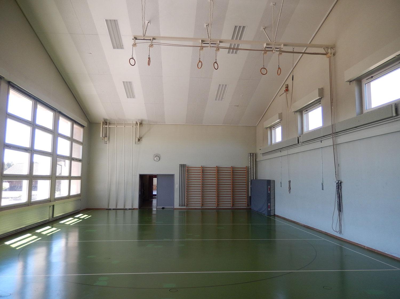 salle-gymnastique-saulcy-jura-suisse-2