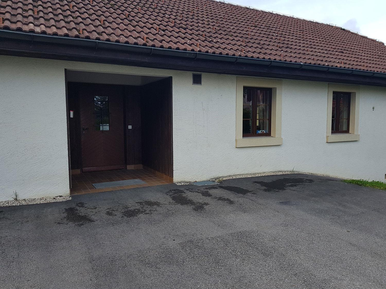 salle-communale-saulcy-jura-suisse-2